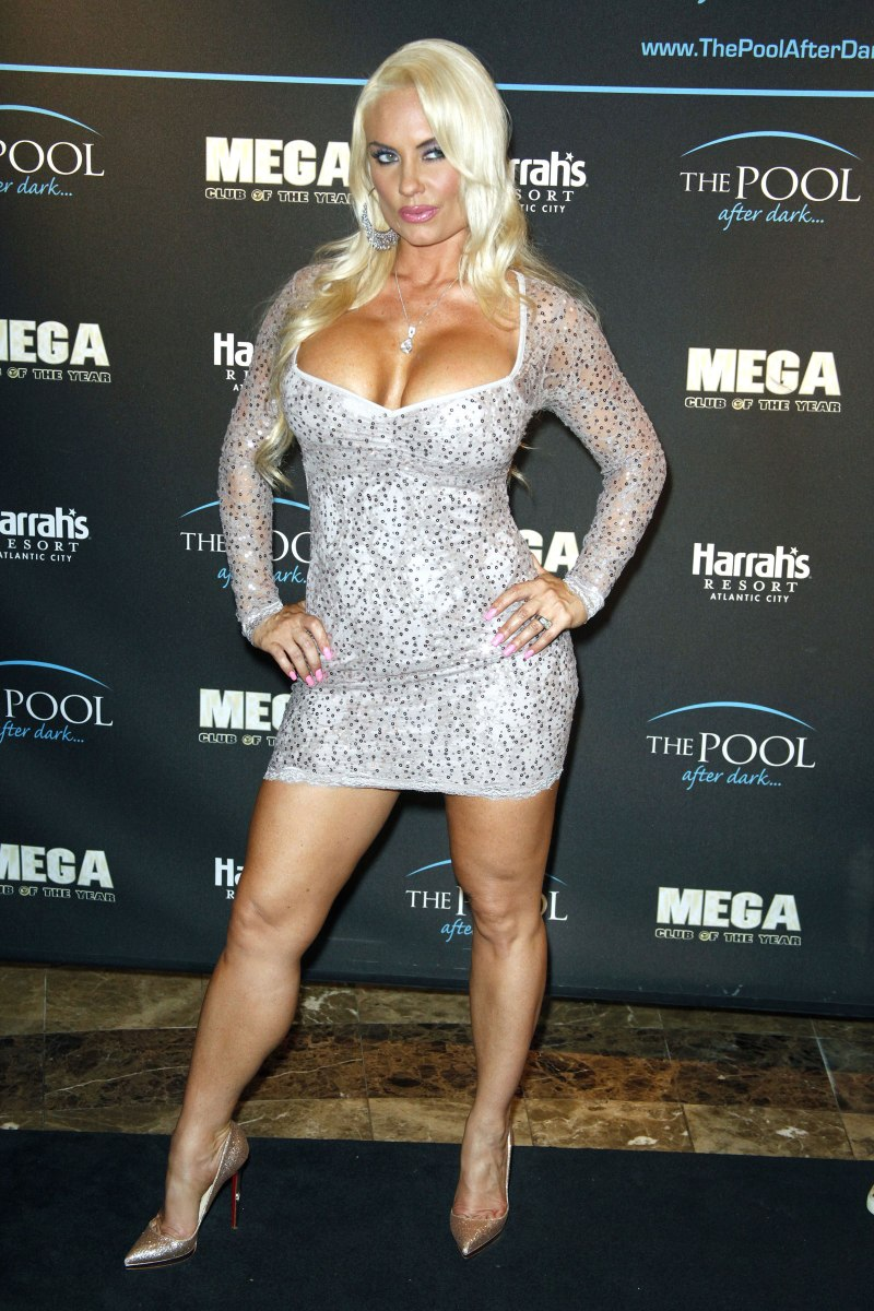 Nicole Coco Austin Hosts The Pool After Dark at Harrah's Resort in Atlantic City