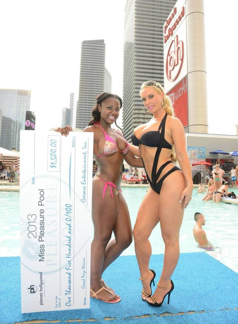 Planet Hollywood Pleasure Pool Bikini Contest, Las Vegas, America - 31 Aug 2013